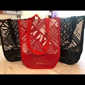 Set of 3 LuLulemon Shopping Bags!